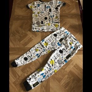 Carter's Space glow in the dark pajamas 2t